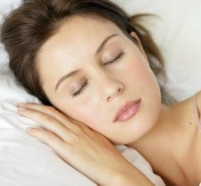 Sleeping with contact lens